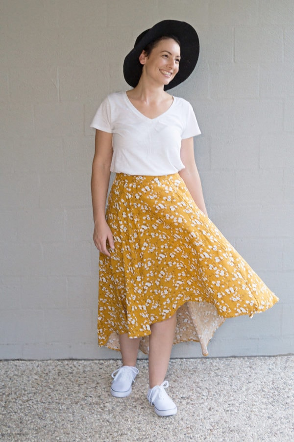Flowy and fabulous, the ladies high low skirt sewing pattern gives you HIGH impact with LOW effort! It's got maximum wow factor and is a really quick and easy sew!With the Hayley you get a five-panel skirt with an elasticated back waist and a brilliantly billowy back train! Even better… you can add POCKETS! And a sash that you can tie in the front or the back.